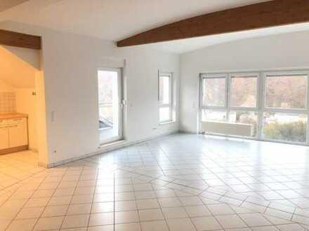 670 €, 110 m², 2 Zimmer
