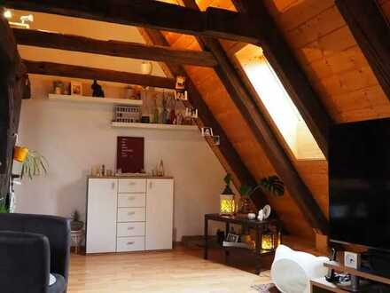 Besonders: Maisonette-Wohnung mit viel sichtbarem Fachwerk in sehr ruhiger Innenstadtlage