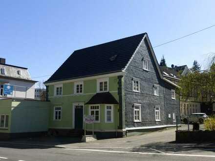 Moderne 3,5-Zimmer-Wohnung in zentraler Lage
