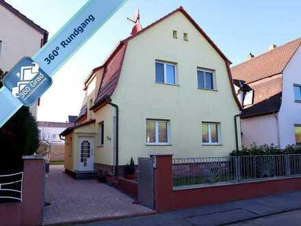 Sehr gepflegtes freistehendes Einfamilienhaus mit großem Grundstück in Bürstadt