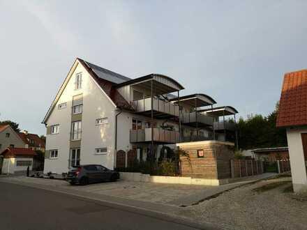 Stilvolle, luxuriöse und moderne 4-Zimmer-Wohnung mit großem Balkon und Einbauküche in Altomünster