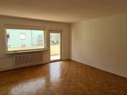 Helle 3 ZW in Gerbrunn mit Balkon und Garage!