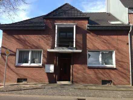 Moderne 2-Zimmer-Wohnung mit Balkon und Einbauküche im Zentrum von Bocholt