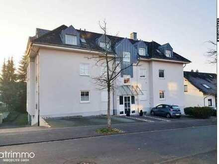 On Top! Traumhafte 84 qm große Wohnung mit Sonnenbalkon und Stellplatz. Freier Blick über Siegburg!