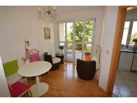 Sehr gepflegte 2,5 Zimmer-Wohnung inkl. EBK & Balkon & Terrasse in Coburg-Cortendorf