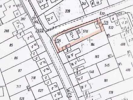 Lukratives Baugrundstück für den Neubau eines 6-Parteien-Hauses oder zwei Doppelhaushälften