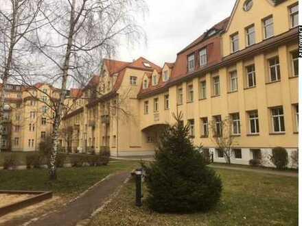 2-Zimmerdachgeschosswohnung mit Elbblick zum Kauf in Dresden-Mickten