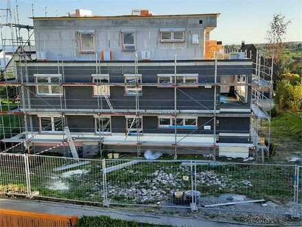 Erstbezug Whg 5: Barrierefreie 4-Zimmer-Neubauwohnung mit EBK und Loggia für gehobene Wohnansprüche