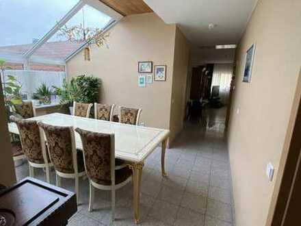 5-Zimmer Wohnung mit EBK und Wintergarten in Forst
