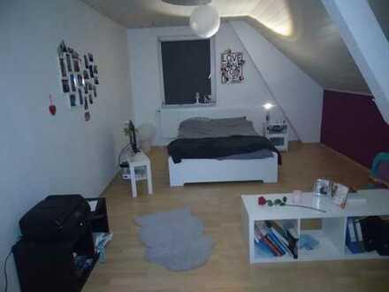 Großes, schönes und günstiges WG-Zimmer in Paderborn-Elsen