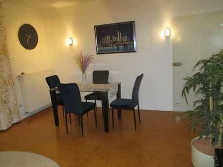 gepflegt möblierte 3-Zimmer-Wohnung mit Balkon und Einbauküche zentral im Rhein-Main-Gebiet (Offenba