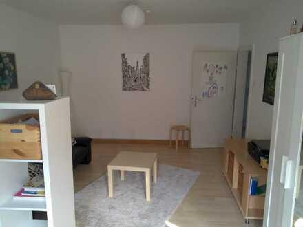 Zwei große Zimmer für zusammen 450€
