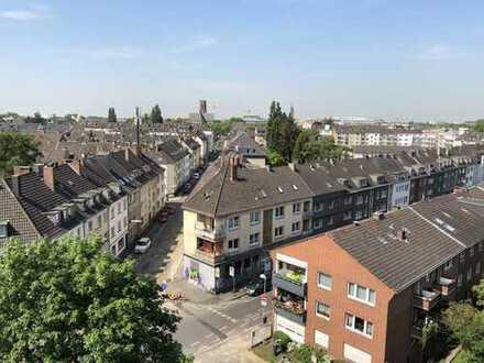 Sanierungsbedürftiges Wohn- u. Geschäftshaus (20 Einheiten und ca. 625 €/m²) in ruhiger Citylage