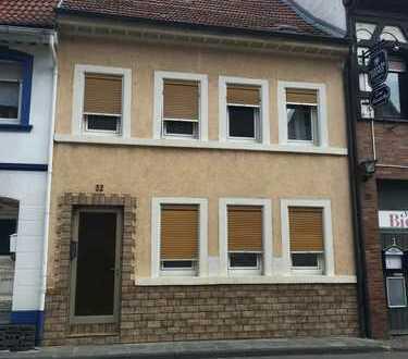 Reserviert!!! Provisionsfrei, 180.000 €, 110 m², 6 Zimmer