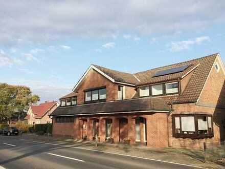 Gepflegtes, modernisiertes Wohn- und Geschäftshaus mit 2. Wohneinheit, Keller sowie Doppelgarage