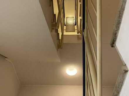gut vermietete 2-Zimmer-DG-Wohnung mit Balkon in Zeuthen