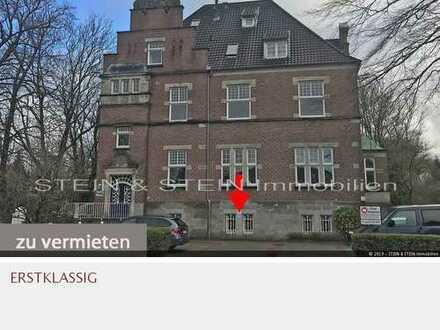 Büro- / Praxis- / Kanzlei-Räume im Erdgeschoss im renovierten Zustand in bester Lage!