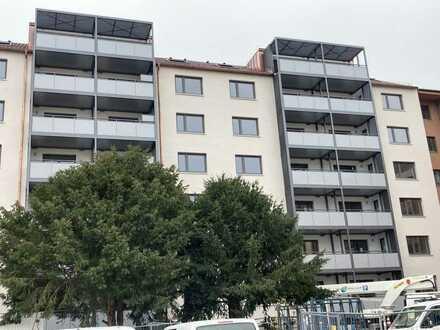 Sanierte 2-Zimmer Dachgeschoss Wohnung in der Stadtmitte