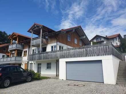 Doppelhaushälfte Holzhaus mit Einliegerwohnung Oy-Mittelberg