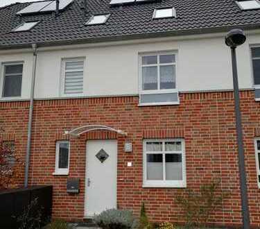 BORGFELD-WEST Reihenhaus (5 Zi.) mit Vollbad, EBK, G-WC und Garten