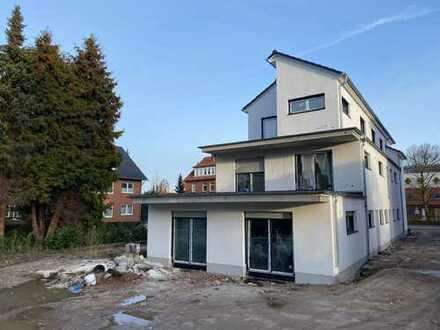 Exklusives Penthouse (Neubau) in Bückeburg...Einbauküche, Parkett, Dachterrasse, Aufzug...
