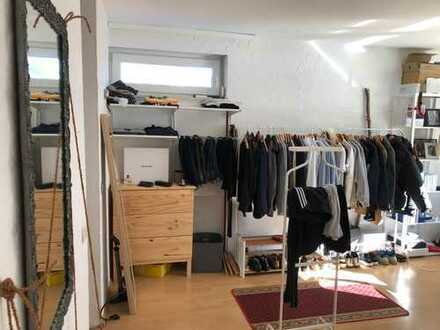 Zimmer von Ende Mai bis Mitte September zu vermieten, perfekt für Praktikanten / room to sublet (eng