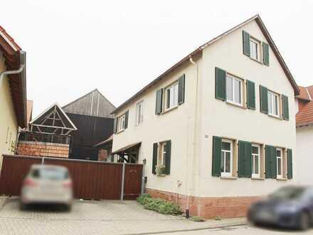 Kandel: Zweifamilienhaus mit großer Scheune (Option Neubau)