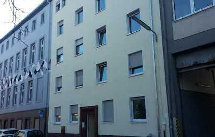 Frisch renovierte, gut geschnittene 4 ZKB im beliebten Pirmasenser Stadtteil Schachen (Nr. 131)