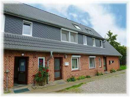 Komf. 1 Zim.-DG-Wohnung in 24321 Behrensdorf, Seekamp