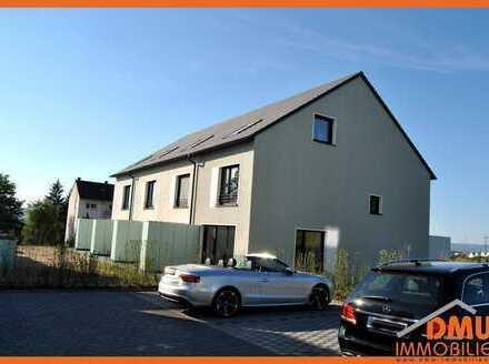 Neubau, Erstbezug, 5Zi, 2x Bäder, Terrasse, Garten, Vorgarten, 2x PKW Stlpl.