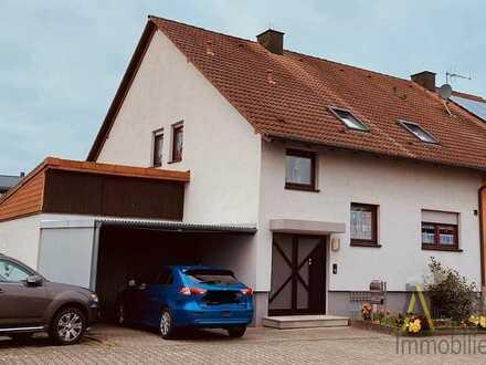 Doppelhaushälfte aus 1988 in Hambrücken, keine Renovierungen notwendig