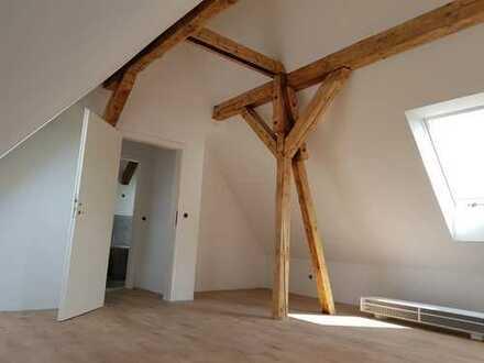 Schöne, geräumige drei Zimmer Wohnung in Stürzelberg, Dormagen