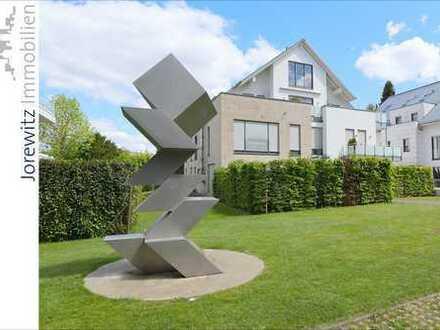 Bielefeld-Hoberge: Exklusive 6 Zimmer-Maisonette-Wohnung mit 2 Terrassen und Balkon in Top-Lage