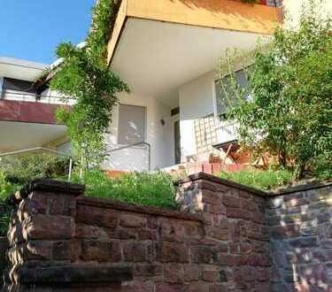 Schönes, geräumiges Haus mit vier Zimmern in Heidelberg, Ziegelhausen