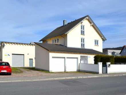 Gewerbeimmobilie mit traumhaftem Zweifamilienhaus und Lagerhalle inkl. Büro für Unternehmerfamilie