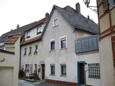 5-Zimmer Wohnung in Simmelsdorf zu vermieten