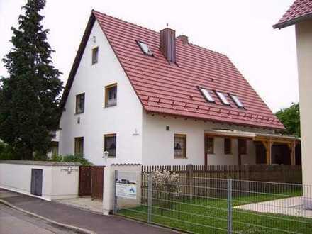 Zimmer 14qm- 2 WG- in 75qm Wohnung möbliert