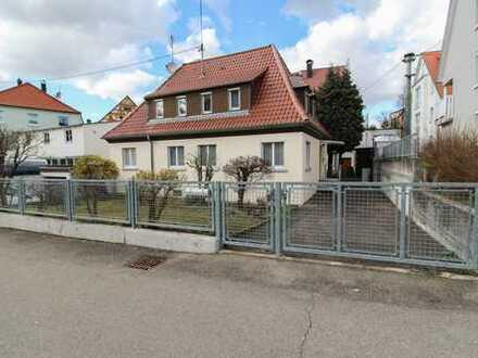 Sehr gepflegtes EFH in grüner und familienfreundlicher Lage nahe Stuttgart!