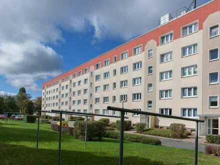2-Raum-Wohnung mit Balkon in der Glauchauer Oberstadt