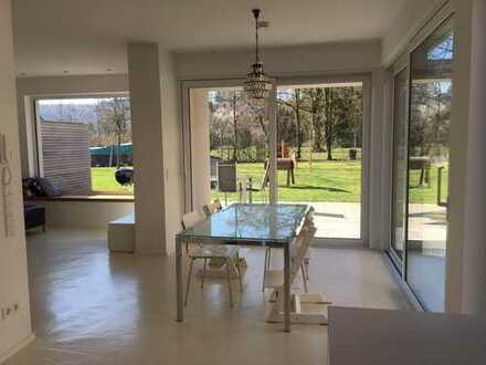 2.750 €, 160 m², 7 Zimmer