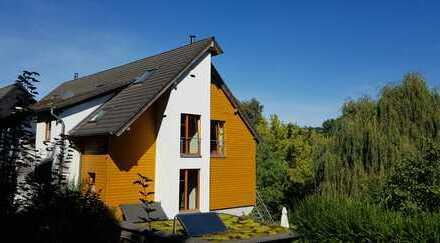 Provisionsfrei! Ökologisches Niedrigenergiehaus für Gartenliebhaber