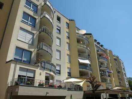 !!Traumhafte Terrassenwohnung mitten im Zentrum!! 2 Zimmer*FBH*EBK*Wanne