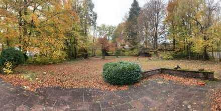 Schönes, geräumiges Haus mit neun Zimmern und Parkgarten in München (Kreis), Straßlach-Dingharting