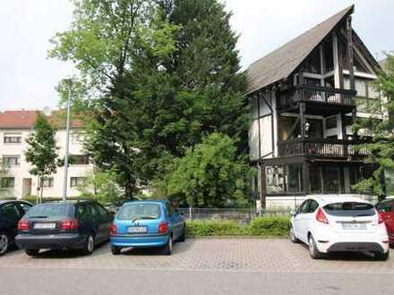 Großes Einfamilienhaus in zentraler Lage in Lichtental
