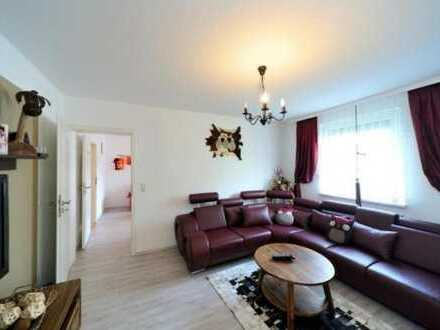 2 in 1 wunderschöne 5 Zimmer Wohnung Top renovierte Balkon Privat erstklassiger Lage