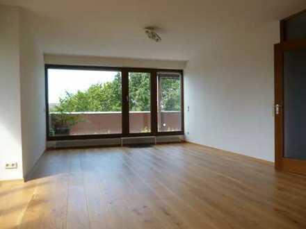 Familienfreundliche, lichtdurchflutete 5 Zimmer-Wohnung in Heidelberg, Nähe SRH