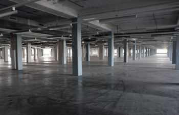 Lagerfläche ab 4.000 m², PROVISIONSFREI in 60386 Frankfurt Main wahlw. m. Büro zu vermieten