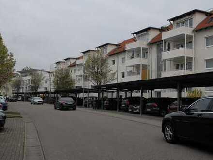 Stilvolle, modernisierte 4-Zimmer-DG-Wohnung mit 2 Balkone in Remseck am Neckar (Pattonville)