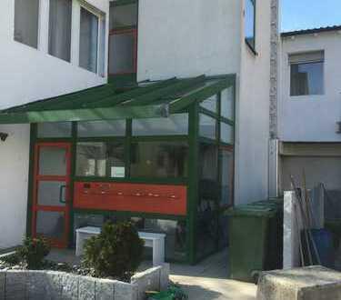 444 €, 39 m², 2 Zimmer