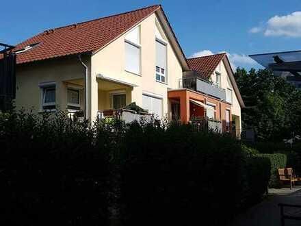 Schöne 3 Zimmerwohnung EB 2007 Schorndorf in guter Lage, mit schöner Dachterrasse